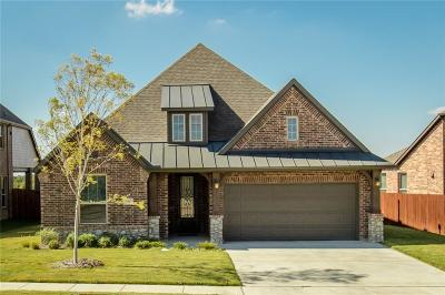 Fort Worth Single Family Home For Sale: 15421 Elm Bluff Way