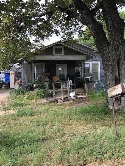 Alvarado Single Family Home Active Option Contract: 305 E Weaver Avenue