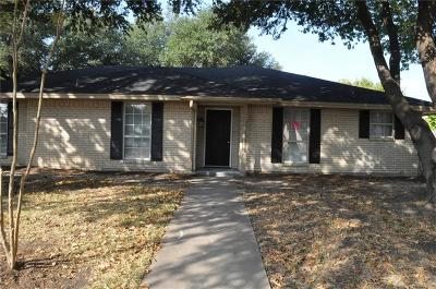 Waxahachie Single Family Home For Sale: 210 Hacienda Drive