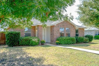 Wylie Single Family Home For Sale: 1207 Lonesome Dove Trail