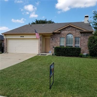 Fort Worth Single Family Home For Sale: 4908 Cedar Springs Drive