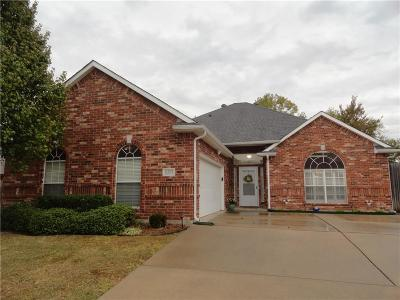 North Richland Hills Single Family Home For Sale: 8324 Crystal Lane