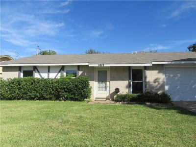 Lewisville Single Family Home Active Option Contract: 1019 Woodmere Drive