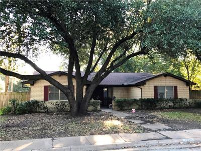 Waxahachie Single Family Home For Sale: 1610 Alexander Drive