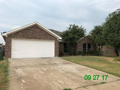 Mansfield Single Family Home For Sale: 1719 Hope Town Drive
