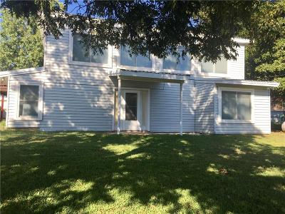 Comanche County Single Family Home For Sale: 232 Broadway Road