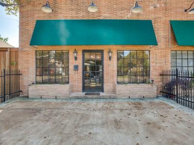 Dallas Townhouse Active Option Contract: 313 N Collett Avenue