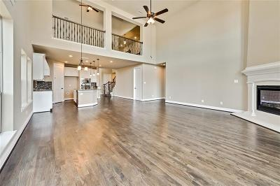 Fort Worth Single Family Home For Sale: 15552 Yarberry Drive
