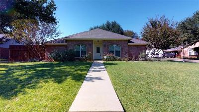 Denton County Single Family Home For Sale: 341 Duvall Boulevard