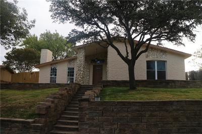 Carrollton Single Family Home For Sale: 2920 Haymeadow