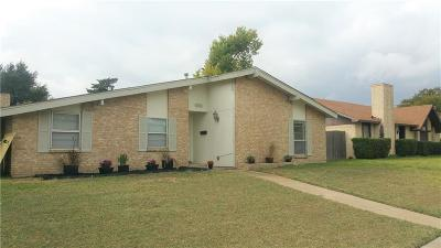 Lewisville Single Family Home For Sale: 1302 Cherry Hill Lane