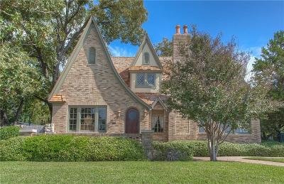 Fort Worth Single Family Home For Sale: 2215 Forest Park Boulevard