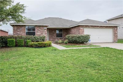Cedar Hill Single Family Home For Sale: 1205 McMillan Drive