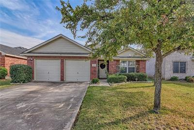 Grand Prairie Single Family Home For Sale: 5904 Crestview Drive