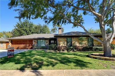 Keller Single Family Home For Sale: 129 Gloria Street