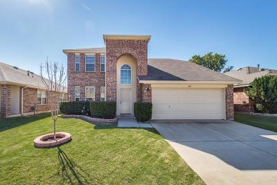 Fort Worth Single Family Home For Sale: 409 Flowering Plum Lane