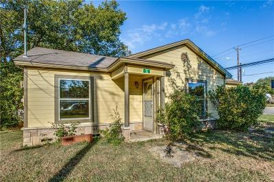 Denton Single Family Home For Sale: 215 N Ruddell Street