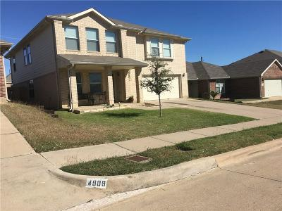 Fort Worth Single Family Home For Sale: 4913 Chaps Avenue
