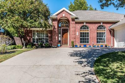 Flower Mound Single Family Home For Sale: 2720 Meadow Wood Drive