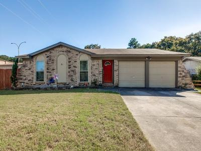 Arlington Single Family Home For Sale: 5600 Woodhollow Drive