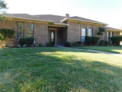 Garland Single Family Home For Sale: 2225 Country Valley Road