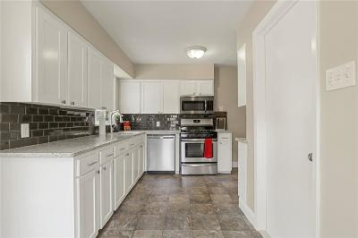 Single Family Home For Sale: 207 Betty Drive