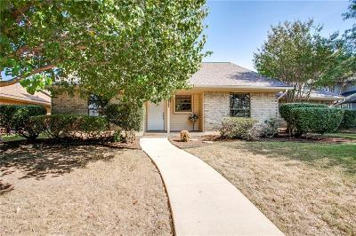 Lewisville Single Family Home For Sale: 1917 Maxwell Drive