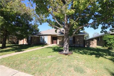 Dallas Single Family Home For Sale: 9957 Acklin Drive