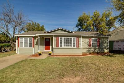 Tarrant County Single Family Home For Sale: 1001 Harrison Street
