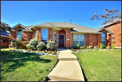Rowlett Single Family Home For Sale: 3413 Dunhill Place