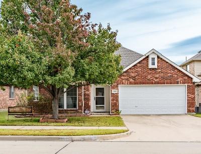 Sachse Single Family Home For Sale: 6806 Lakehurst Lane