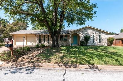 North Richland Hills Single Family Home For Sale: 7813 Owen Drive