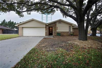 Benbrook Single Family Home For Sale: 9716 Westpark Drive