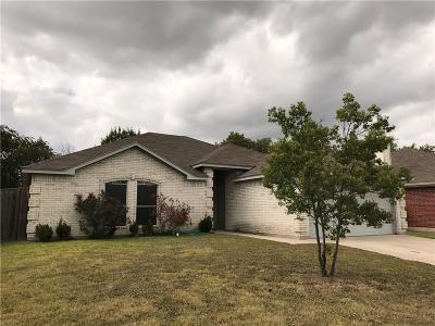 Saginaw Single Family Home For Sale: 613 Sawyer Drive