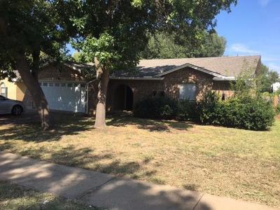 Arlington Single Family Home For Sale: 415 Thomas Chapel Drive