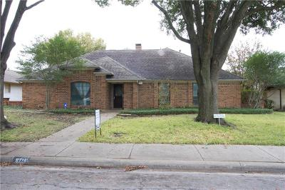 Dallas Single Family Home For Sale: 9714 Windham Drive