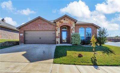 White Settlement Single Family Home For Sale: 9241 Barbara Drive