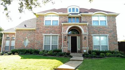 Lewisville Single Family Home For Sale: 1022 Sir Lancelot Circle