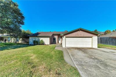 North Richland Hills Single Family Home For Sale: 8429 Donna Drive