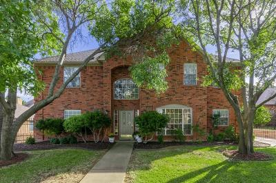 Grapevine Single Family Home For Sale: 2805 Live Oak Drive