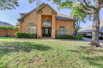 Colleyville Single Family Home For Sale: 602 Brookhollow Drive