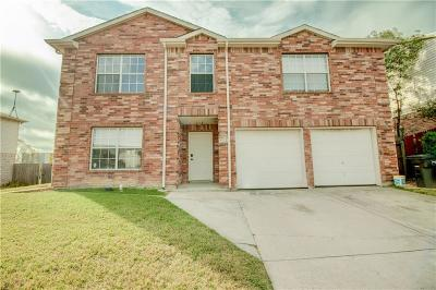 Fort Worth Single Family Home For Sale: 3912 Malibu Sun Drive