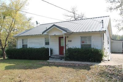 Grand Saline Single Family Home For Sale: 222 E High Street