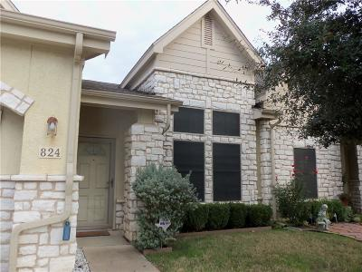 Grand Prairie Townhouse For Sale: 824 Beechcraft Avenue
