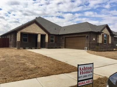 Burleson Single Family Home For Sale: 1601 Stillwater Drive