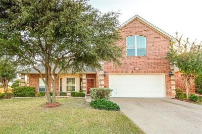 Benbrook Single Family Home For Sale: 8401 Estandarte Court