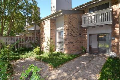Townhouse Active Option Contract: 12232 Montego Plaza