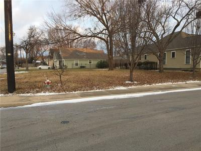 Grapevine Residential Lots & Land Active Option Contract: 221 Austin Street
