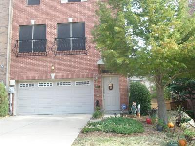 Lewisville Townhouse For Sale: 2561 Jacobson Drive