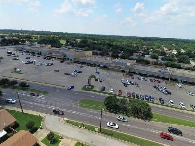 Burleson, Joshua, Alvarado, Cleburne, Keene, Rio Vista, Godley, Everman, Aledo, Benbrook, Mansfield, Grandview, Crowley, Fort Worth, Keller, Euless, Bedford, Saginaw Commercial For Sale: 605 Harwood Road